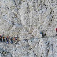 Teaj gibanja po zahtevnih in zelo zahtevnih planinskih poteh -