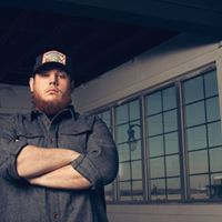 Luke Combs At Covelli Centre Youngstown OH