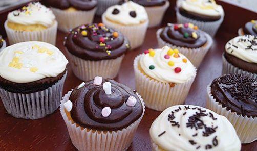 Family Cook  Denizs Cupcakes