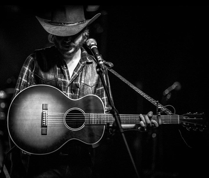 Colter Wall  Local Honeys & Dorian Sorriaux