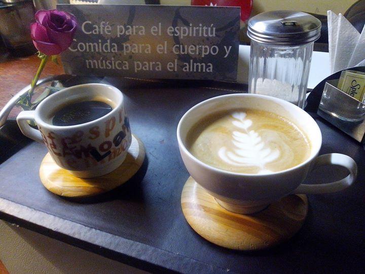 El Amor Esta En El Aire Y Huele A Cafe At Catedral De Tulancingo