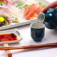 Redefines Bento Lunch Experience with Exquisite Sake Pairing
