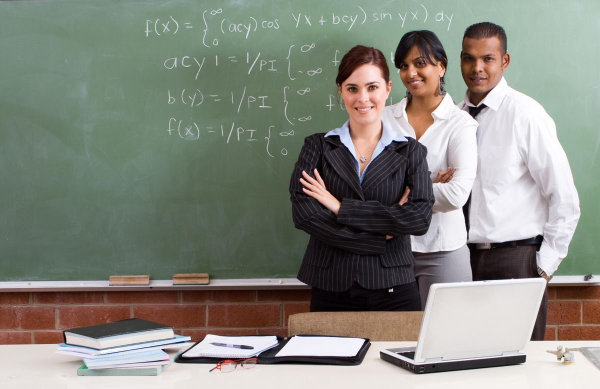 professional teacher education coursework If you hold a valid professional educator license or educator license with stipulations that required a bachelor's degree for issuance, you are qualified to be a substitute teacher you do not need to hold a substitute teaching license.