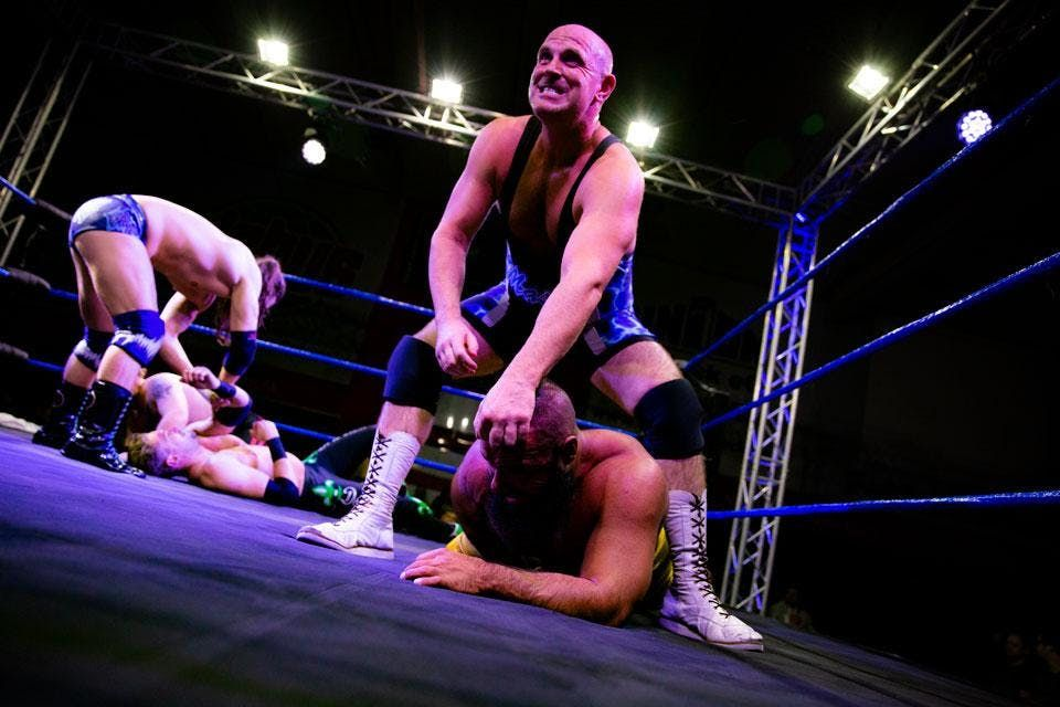 POW - WRESTLING LIVE in BremenLarger than Life