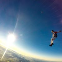 Sky Diving Live your Dreams