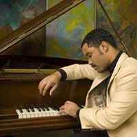 19th Century Club Welcomes Classical Pianist Conley Johnson