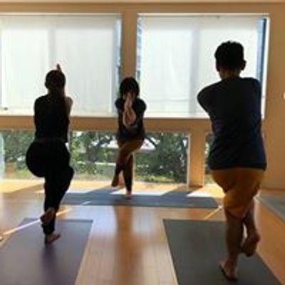 Sparkle yoga