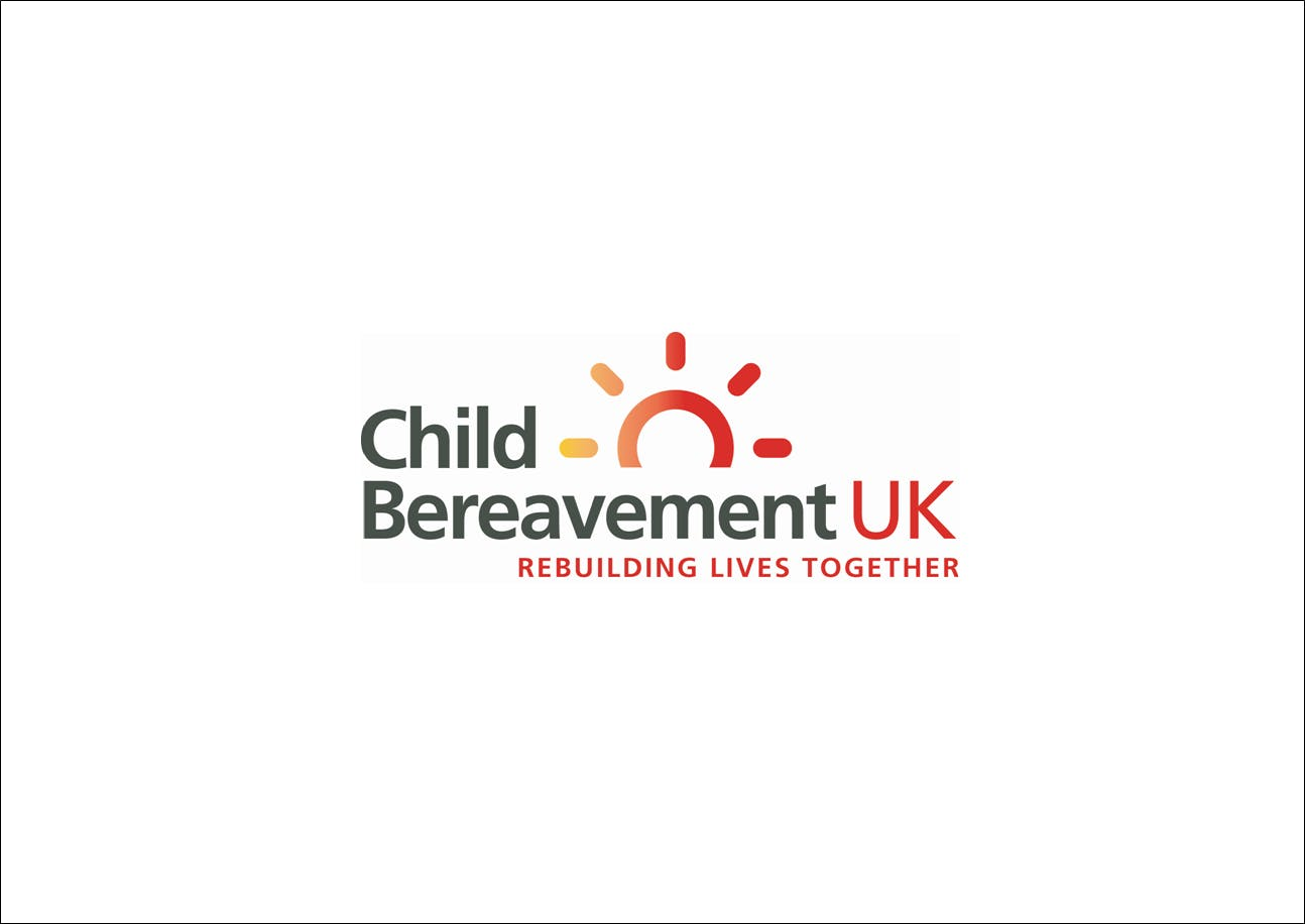 Working with bereaved children and young people in fractured families