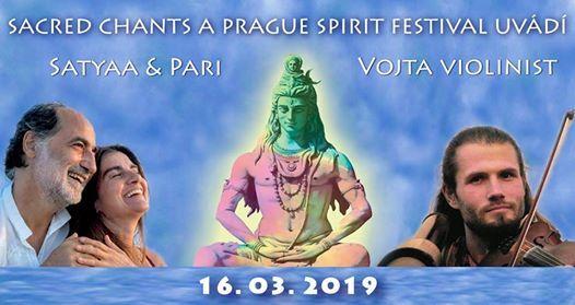 Satyaa & Pari in Prag