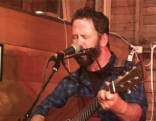 Wylie Shipman Live at the Vineyard
