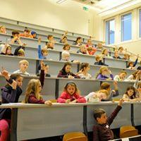 Kinderhochschule Mit den Hnden sprechen  Gebrdensprache
