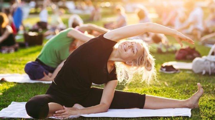 Yogalates in the Park (Botanic Gardens)