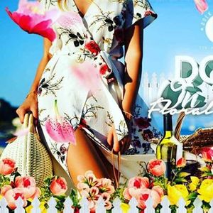 Doek on Fleek Florals Party Bus &amp Boat Cruise