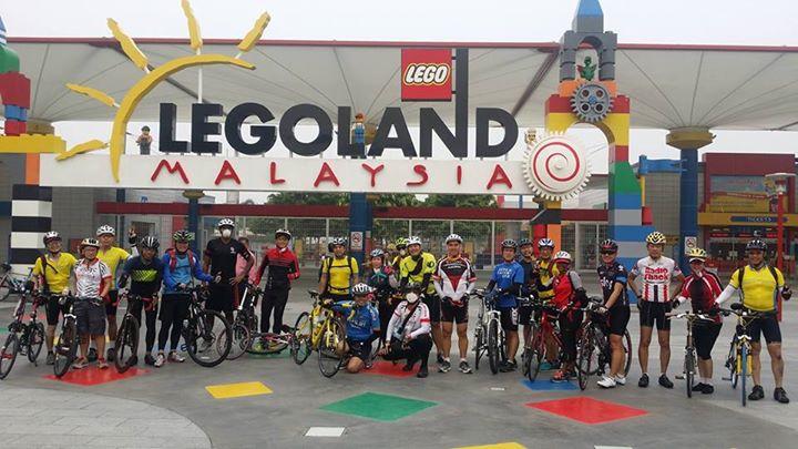 Labour Day Legoland & Puteri Harbour Loop (Available)