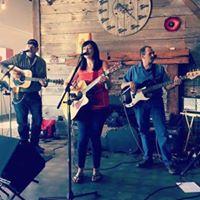 Lynn Hickey- LIVE Music