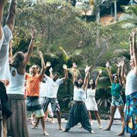 YOGA DANCE no Guru Prticas saudveis
