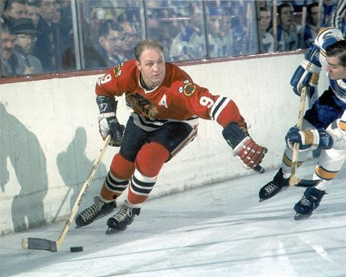 Bobby Hull Autograph Signing and Road Watch at Alfies Inn