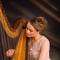 Eleanor Turner harpist