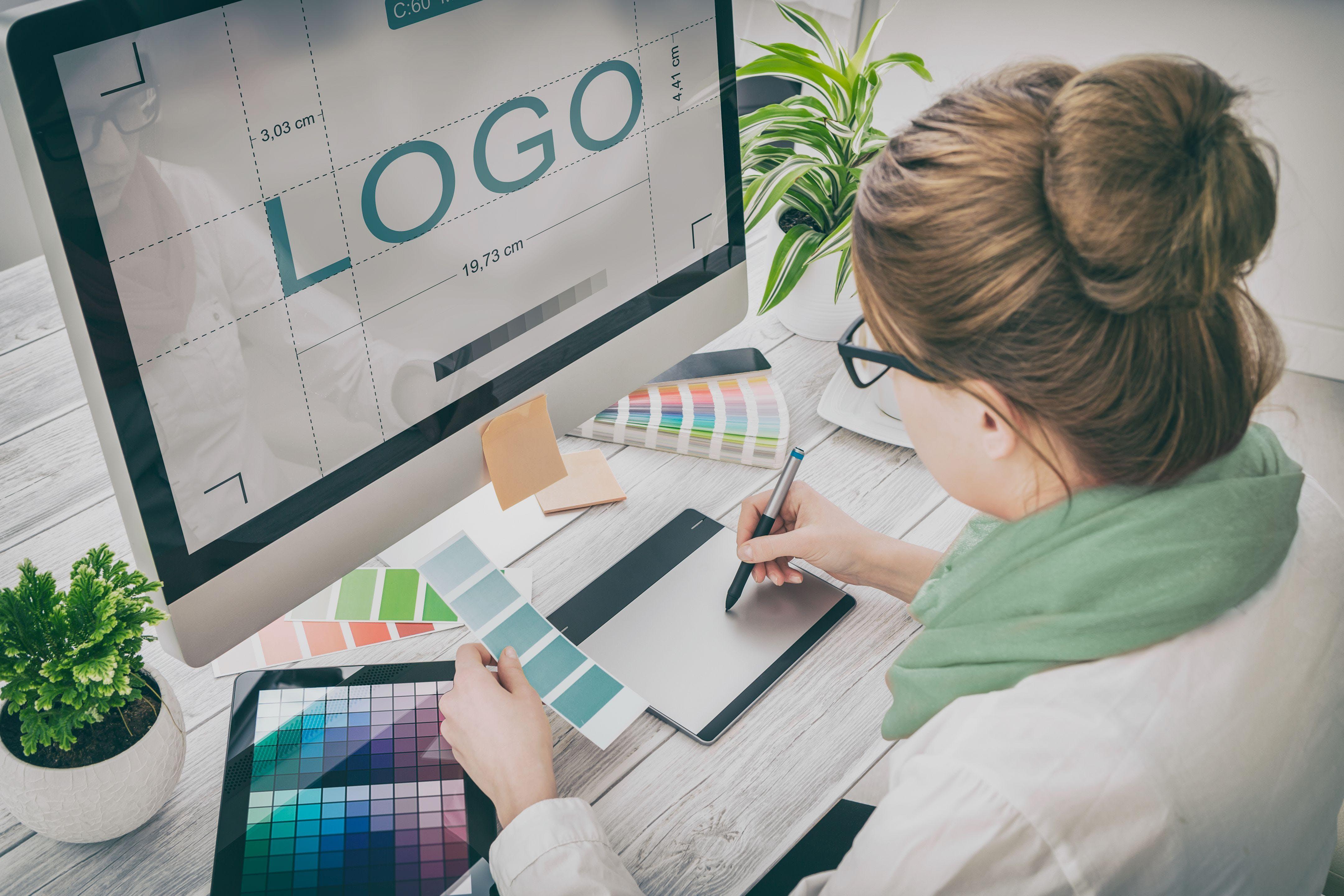 Workshop  Graphic Design - Branding VS Sale
