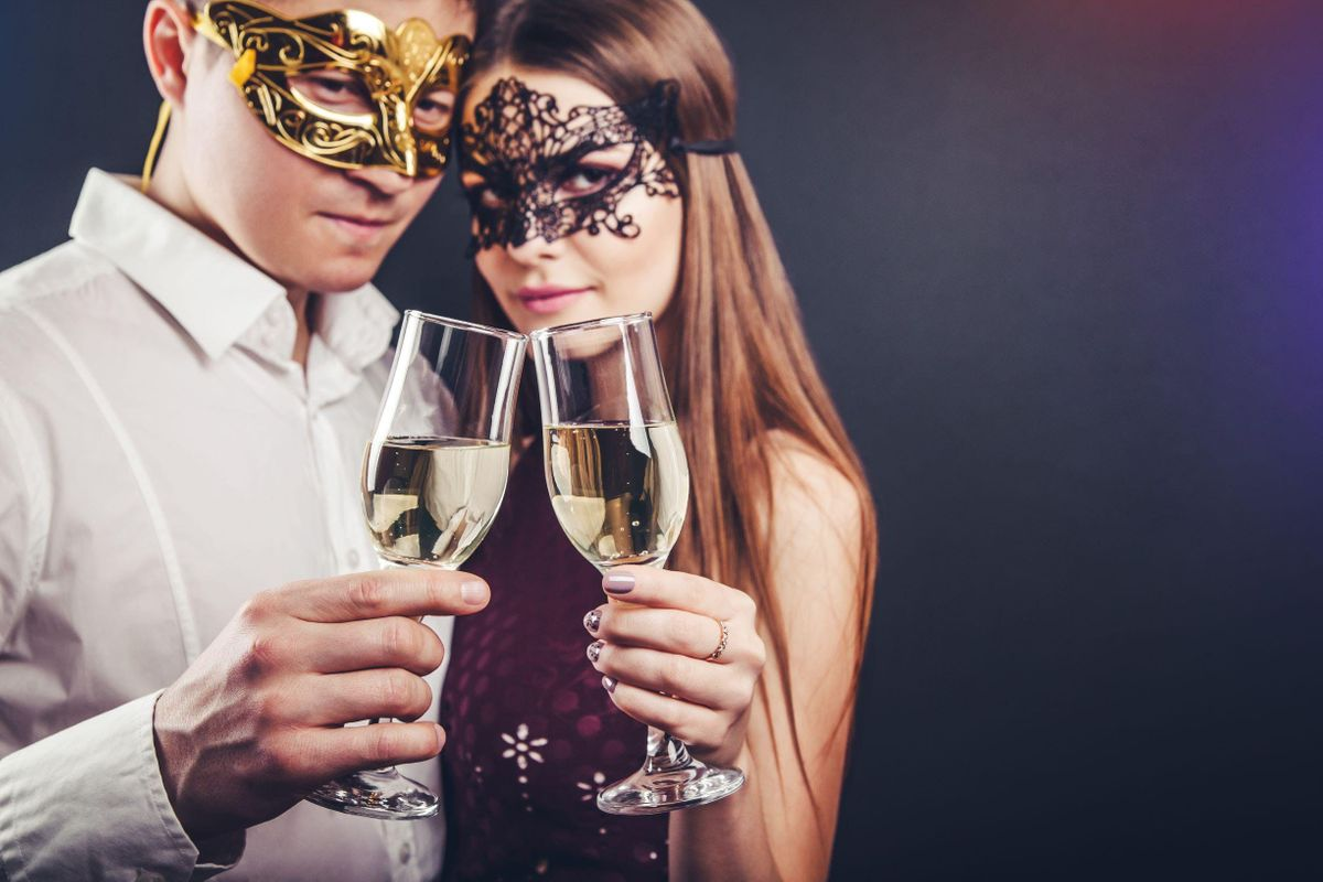 Exclusive Masquerade Singles Party