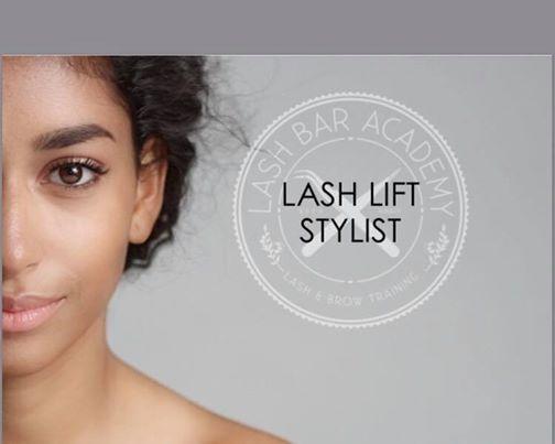 Lash Lift Stylist