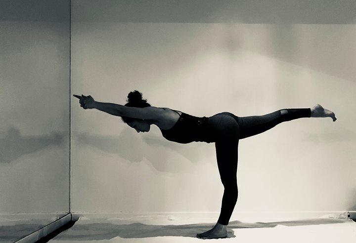Bikram Hot Yoga WS med Catalina Palma at Utopia Yoga Studios ec6ebeac3a79c