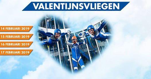 Valentijnsvliegen bij Indoor Skydive Roosendaal
