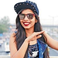 Selfie Session With Dhinchak Pooja