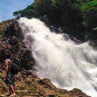 Trekking at a Cachoeira da Torre - Caminho do Mar