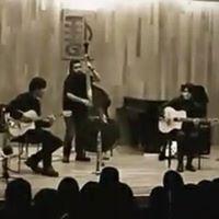 Caravana Informal (jazz manouche) en vivo en la Resistencia