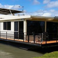 Unlock your potential Mentoring Program - Murray River Houseboat