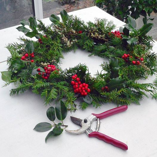 Christmas Wreath Making Workshops At Molly Blooms The Florist97