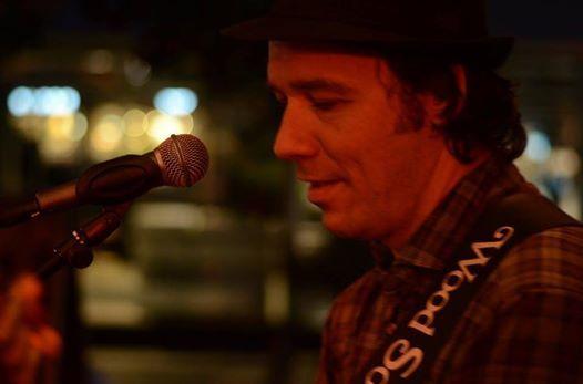 Live The Legend Bar - Karl Roos