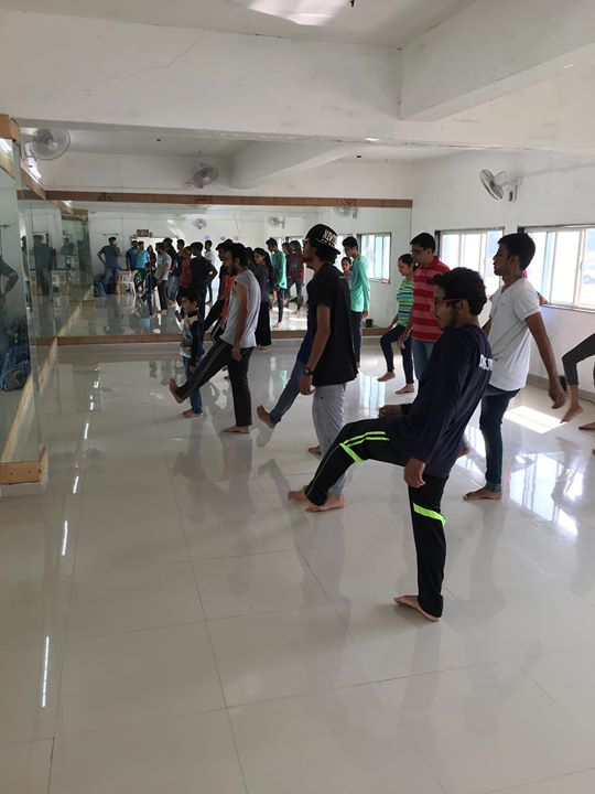 Free dance workshop at samanvay dance studio ahmedabad for Arya fine indian cuisine
