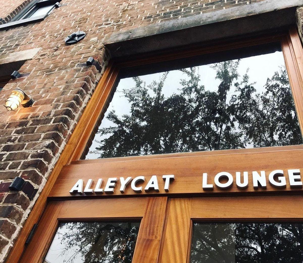 Alleycat Lounge University Cocktail Class Savannah