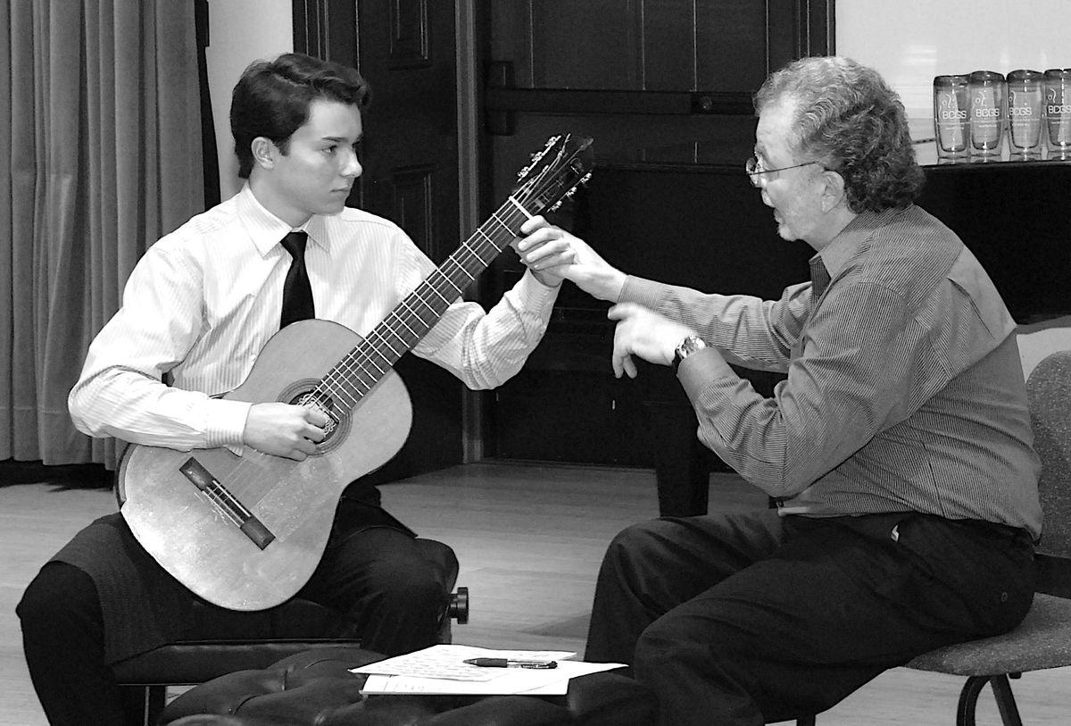 Pre-College Guitar Virtuosos - Manuel Barrueco Master Class