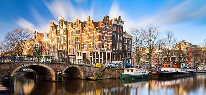 Holland & Belgium Break breakfast dinner & free bar from London