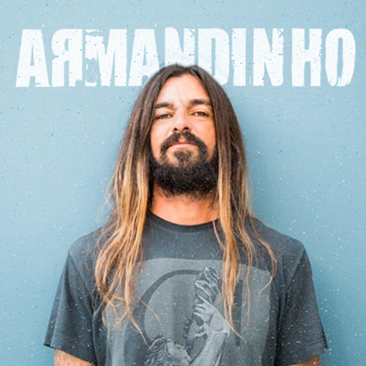Armandinho with HUNGRIA at Live Curitiba