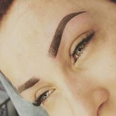 Glam Lashes & Brows by Mia