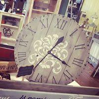 Marketplace Made Farm House Style Clock Workshop