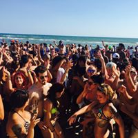 25.06 Best Show Mecs Village Secondo Bagno Di folla .Beach pary