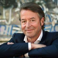 Business Talk mit Prof. Dr. Peter Fissenewert