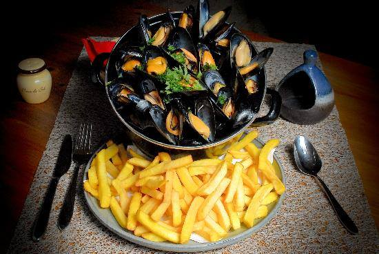 Moules Frites - Five Euro Food