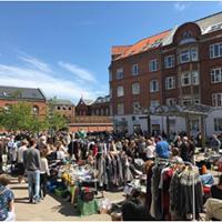 Loppemarked på Louise Plads
