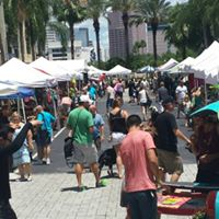 This Sunday Art Walk - Harbour Island Tampa