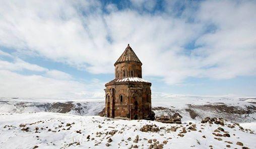 Ali Canip Olgunlu ile Karlar Altnda Bir Rus Roman Kars