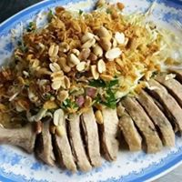 Duck Salad Dinner With GlobeTrottr