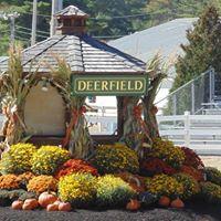 33 festivals in deerfield culture nightlife for Old deerfield craft fair 2017