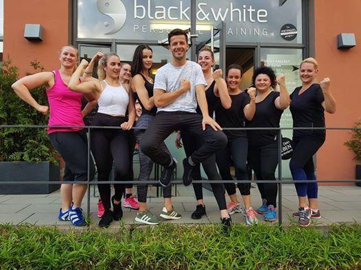 Tag der offenen Tr bei black & white personal training
