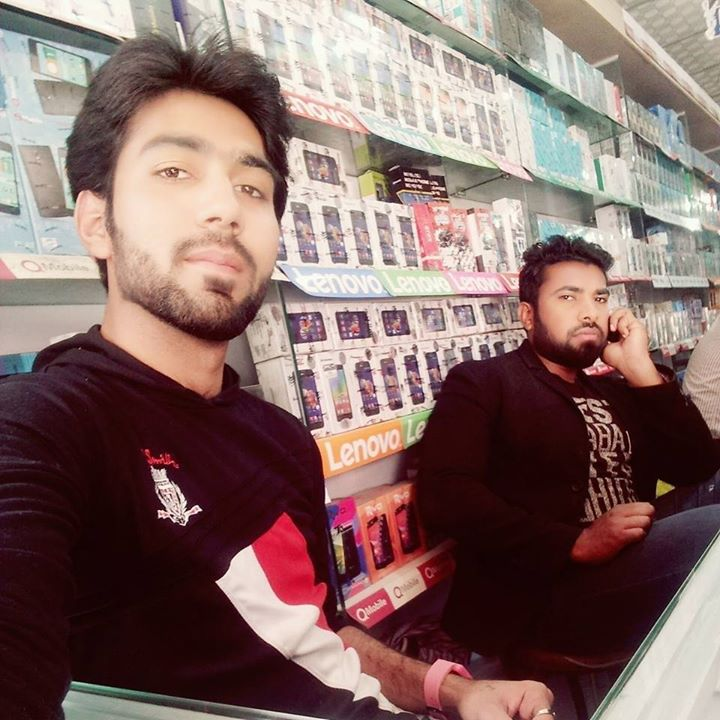 #mohammad_salman_khokhar_birthday At S&f Mobiles, Lahore